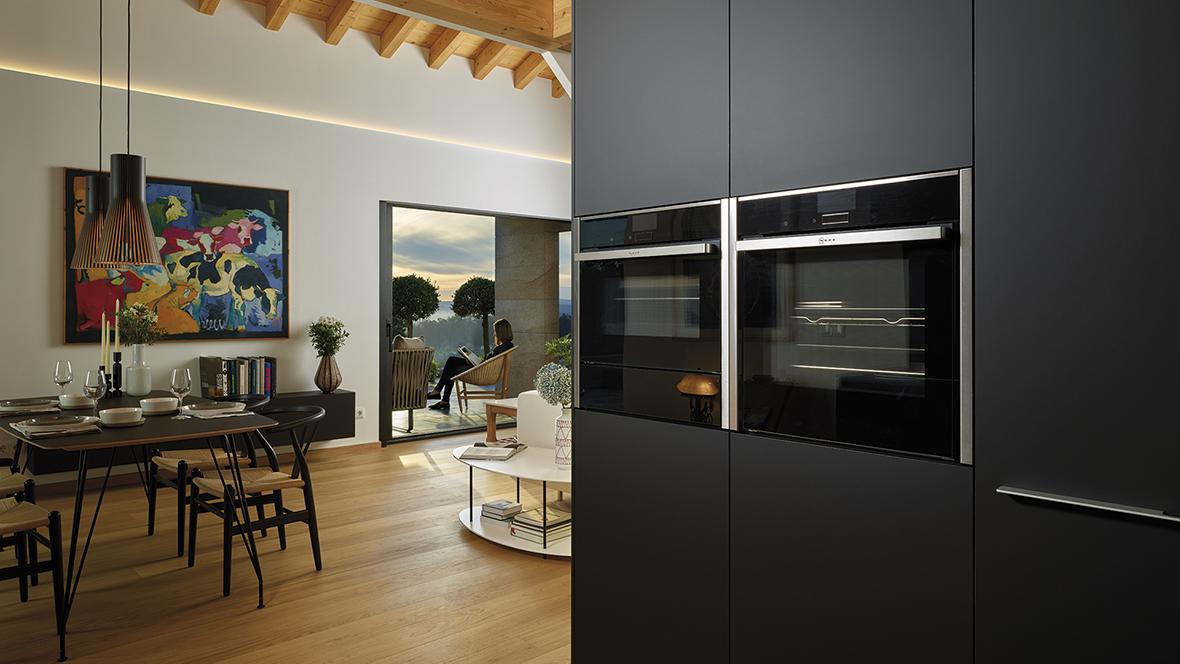 Image cocinas-negras-mate-antihuellas-columnas-santos-line-lah-santiago-interiores-11