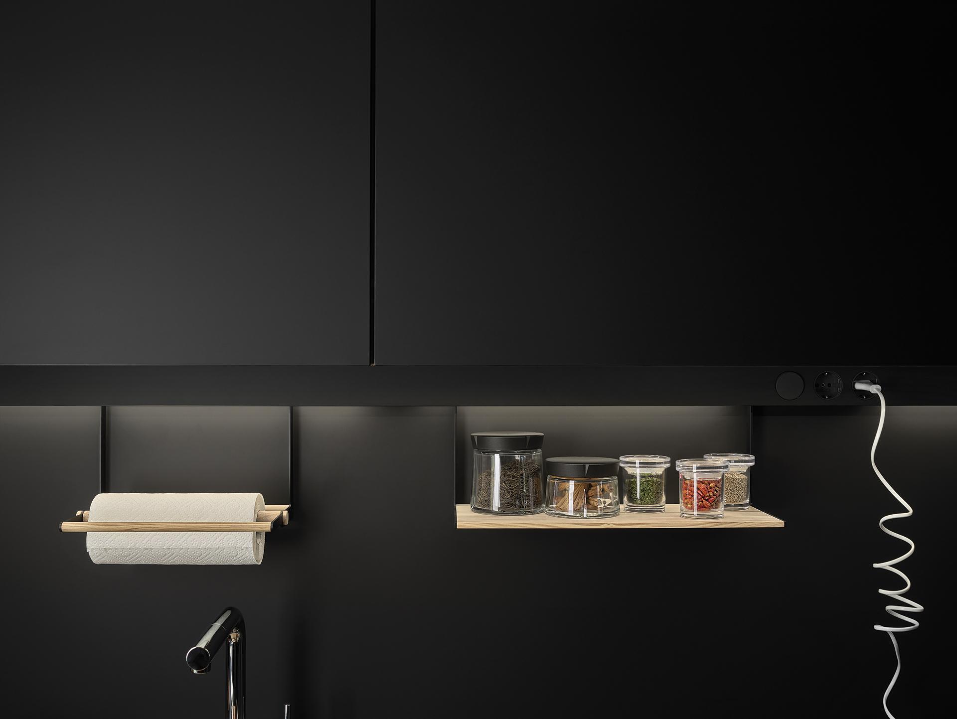 Line lah laminado negro seda modelo cocinas santos - Muebles de cocina santiago de compostela ...
