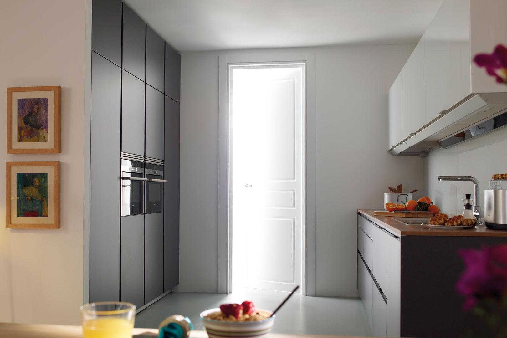 Tendencias: cocinas grises | Umbra-E estratificado | Cocinas Santos | Santiago Interiores