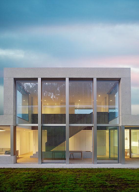 Vivienda proyectada por los arquitectos CREUSeCARRASCO