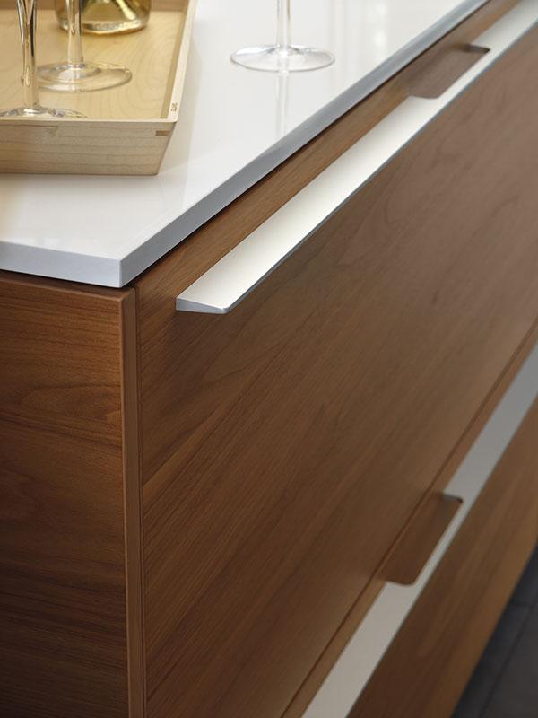 Image santos-cocinas-wood-natura-madera-nogal-aluminio-2.jpg
