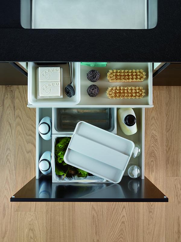 Image cajon-cocinas-limpieza-basuras-santos-santiago-interiores-03