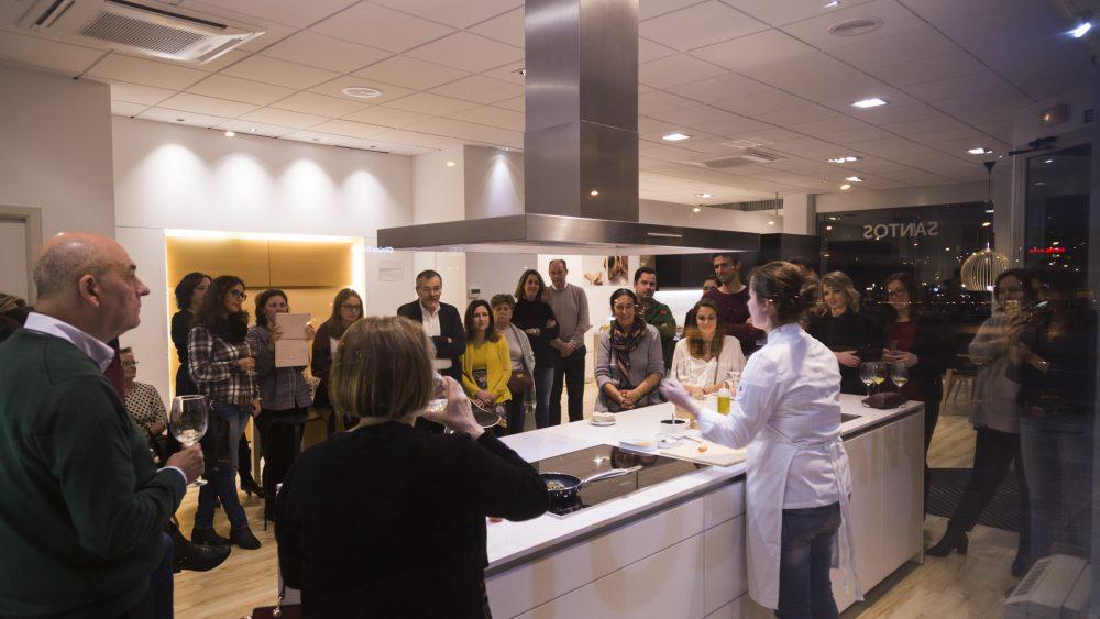 cocinas-santos-santiago-interiores-evento-showcooking-clientes-10