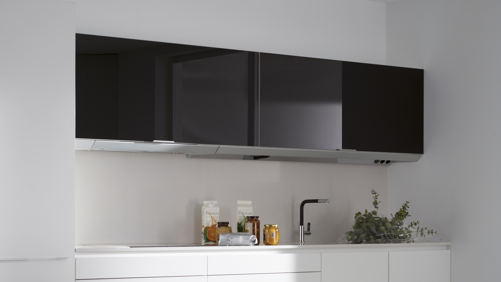 Cocina negra pequeña Santiago Interiores