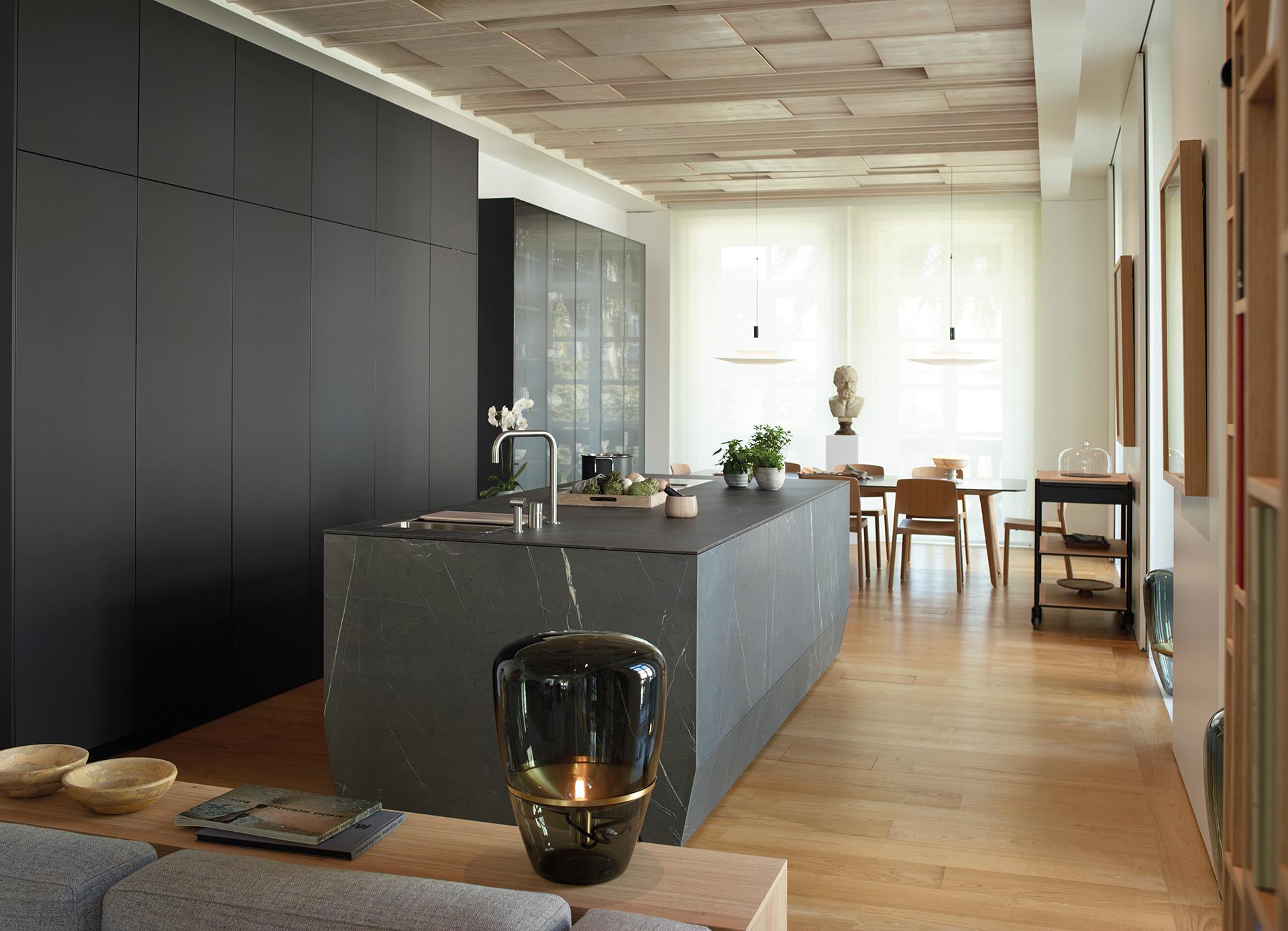 Cocina negra y gris santiago interiores