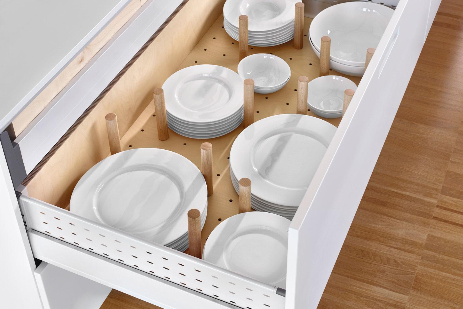 Accesorios para tu cocina Santos: orden y belleza | Platero | Santiago Interiores