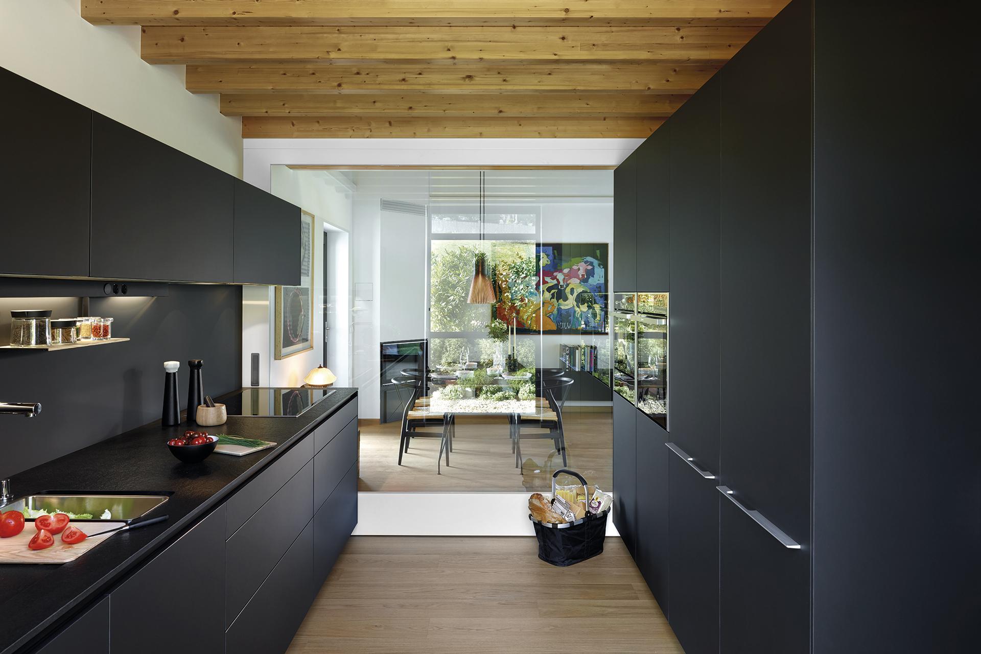 5 ideas para distribuir la cocina | En paralelo | Cocinas Santos | Santiago Interiores