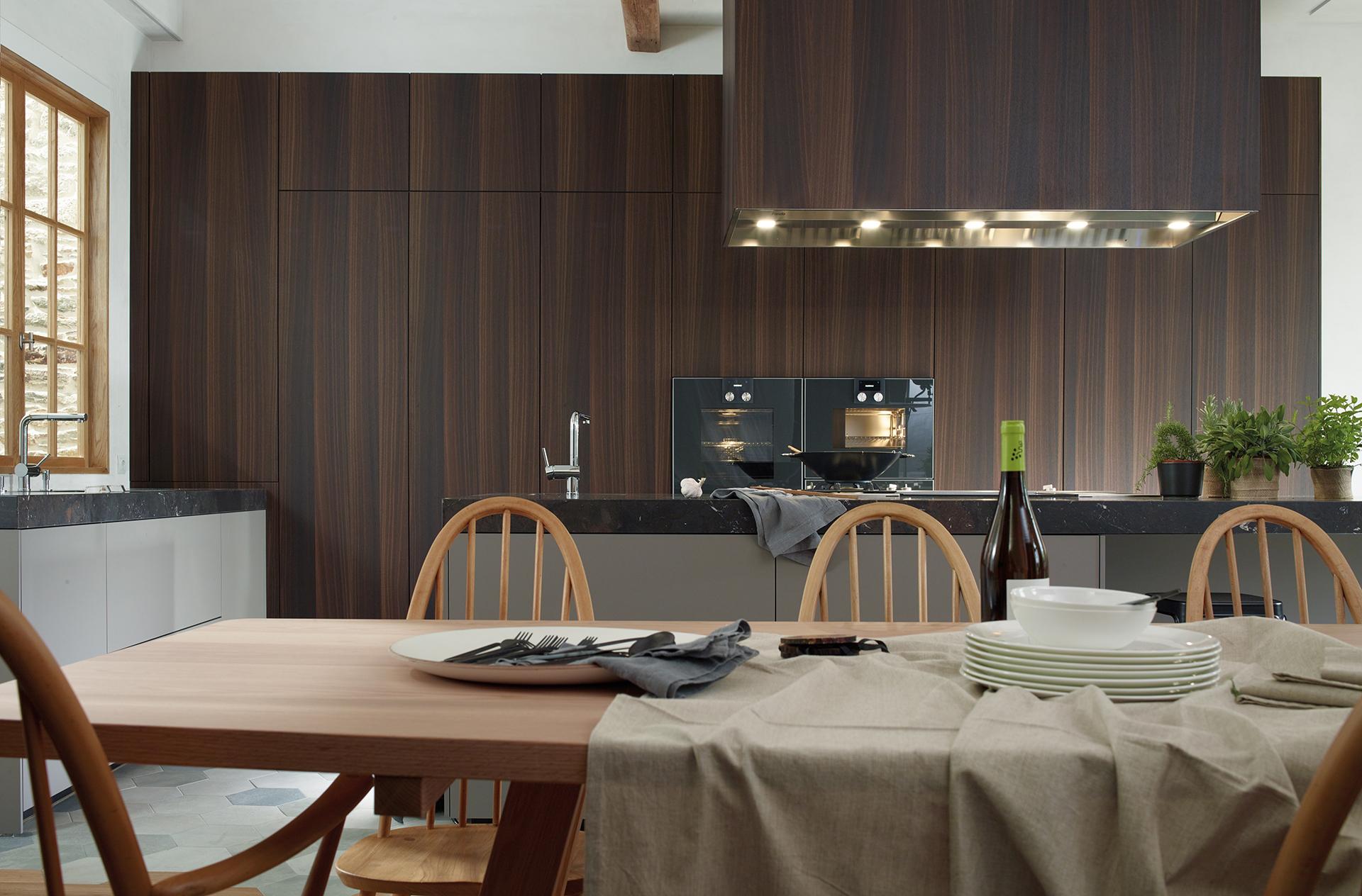Image distribucion-de-cocinas-santiago-interiores