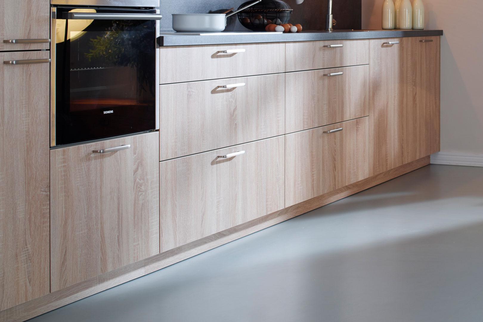 Cocina con suelo de linóleo | Santiago Interiores - Santos