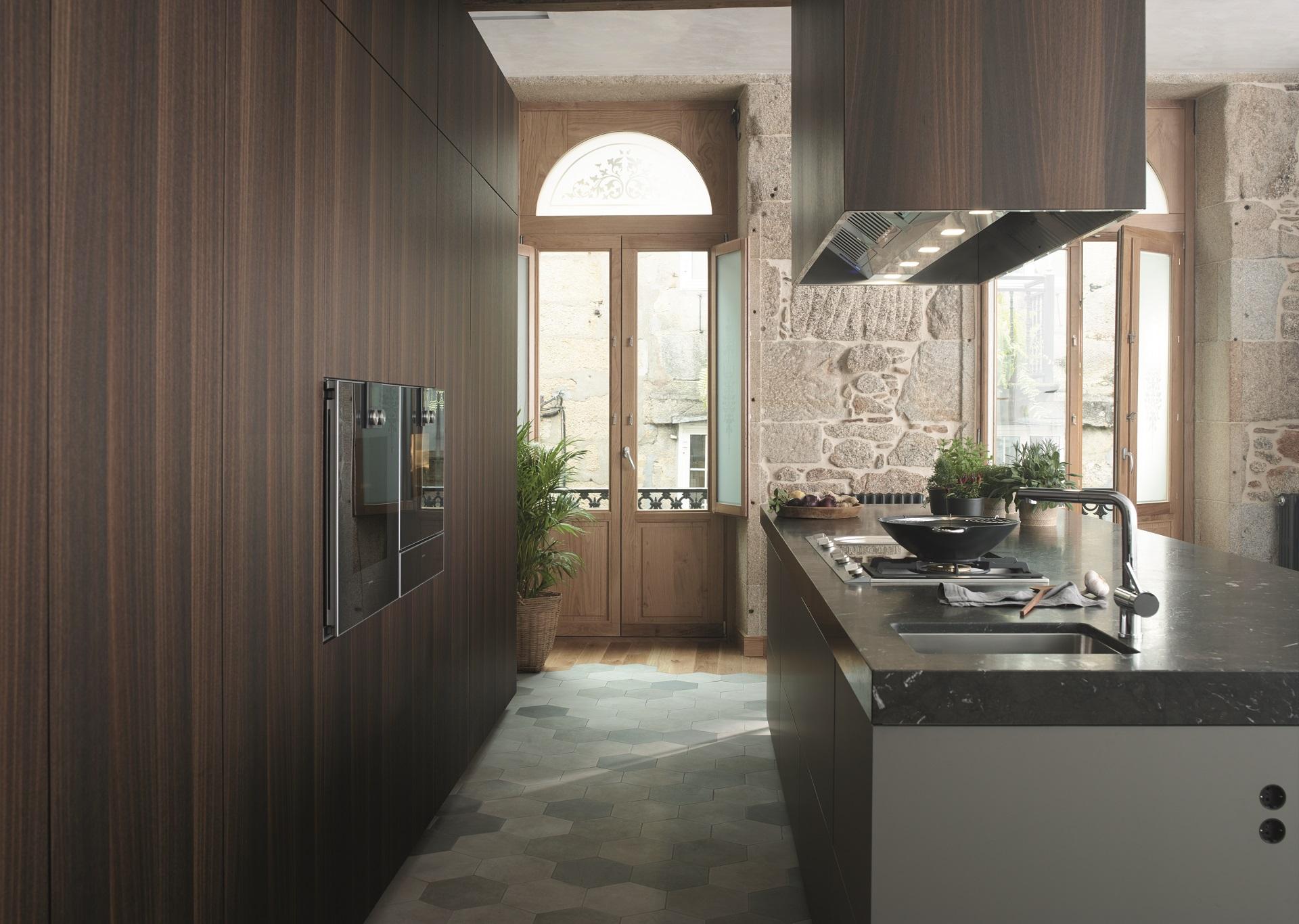 Suelo hidráulico para cocinas. Santiago Interiores