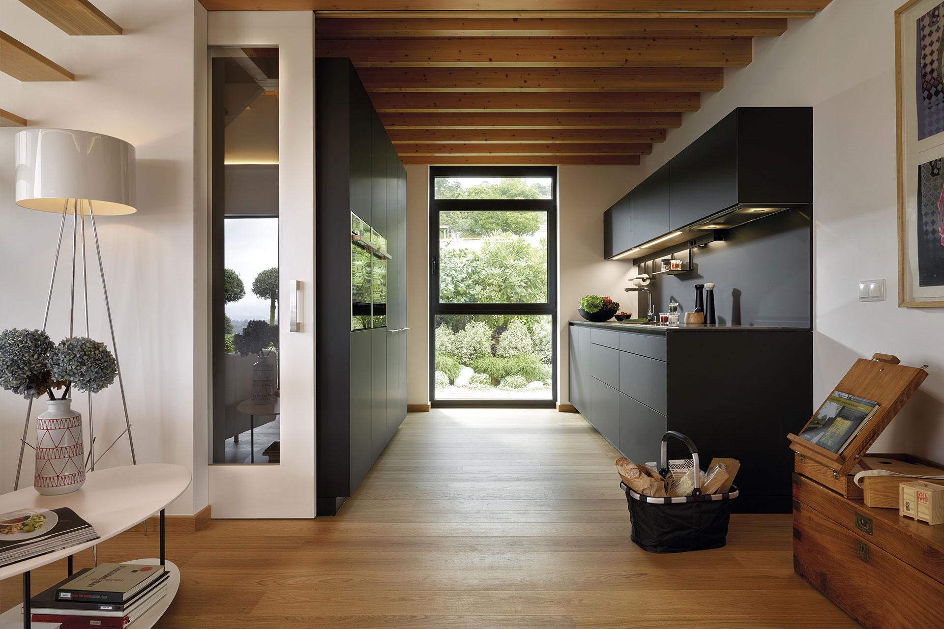 suelo-madera-cocina-line-negra-santos
