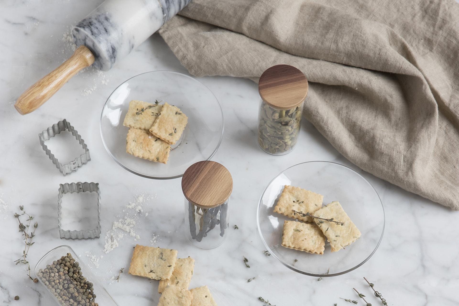 Receta de crackers al tomillo de Cocinas Santos