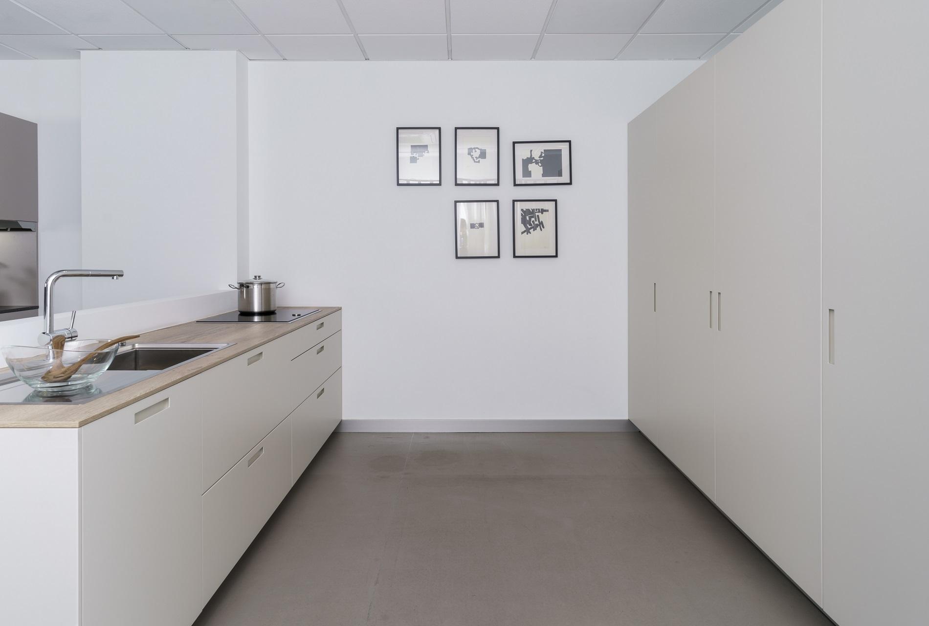 Image karmel-santiago-interiores-outlet