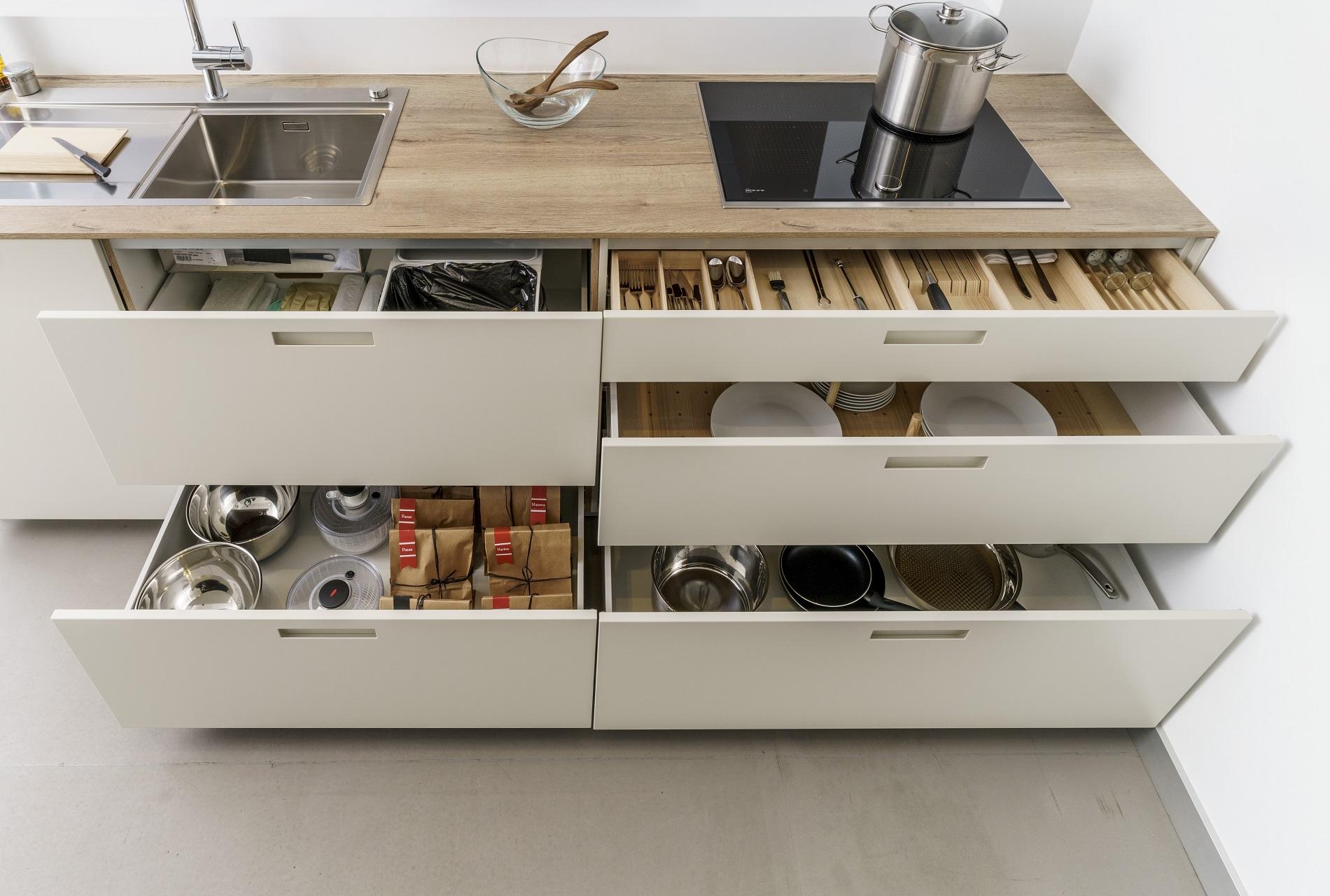 Image muebles-santos-karmel-liquidacion-santiago