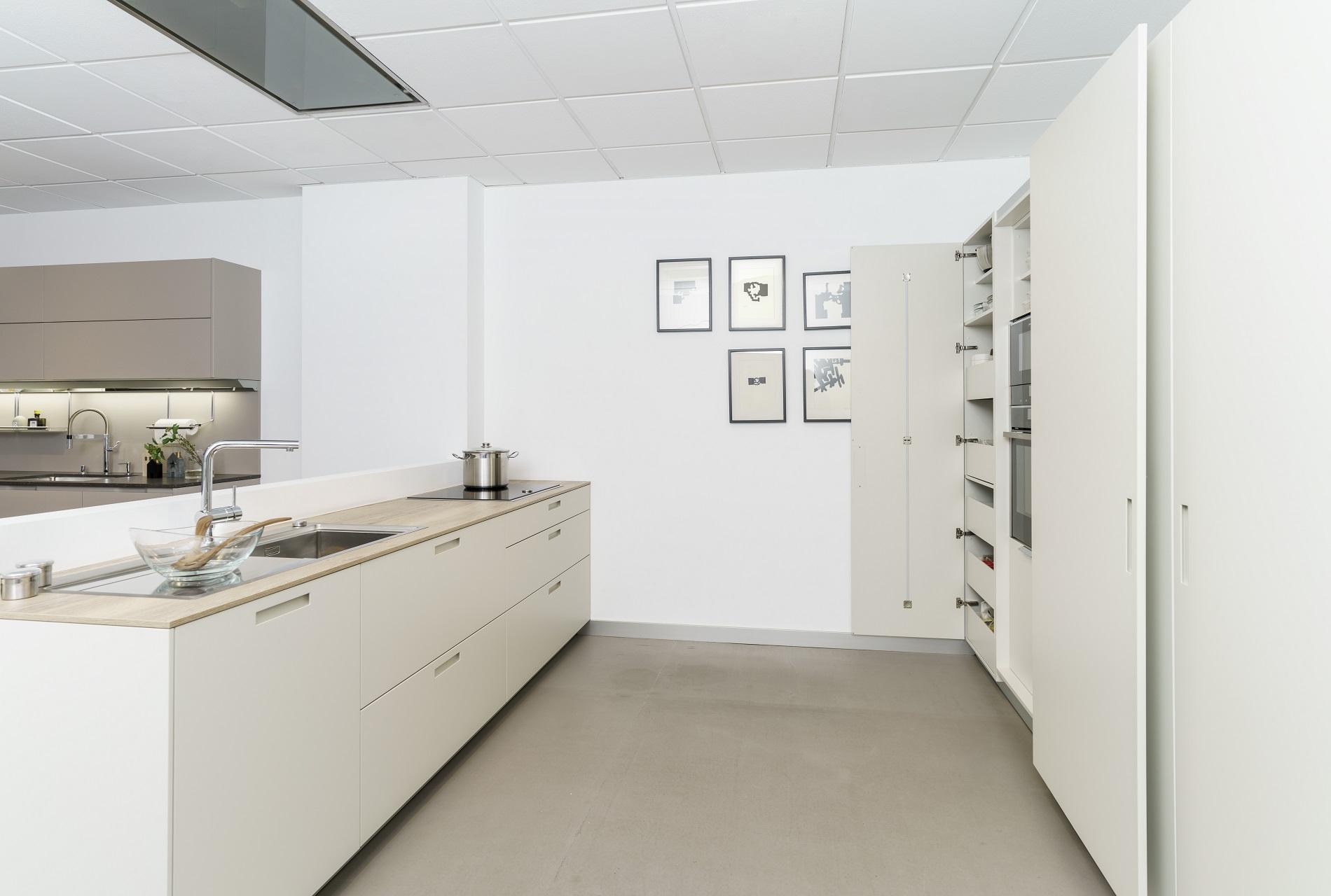 Cocinas de exposición en liquidación Karmel Santos