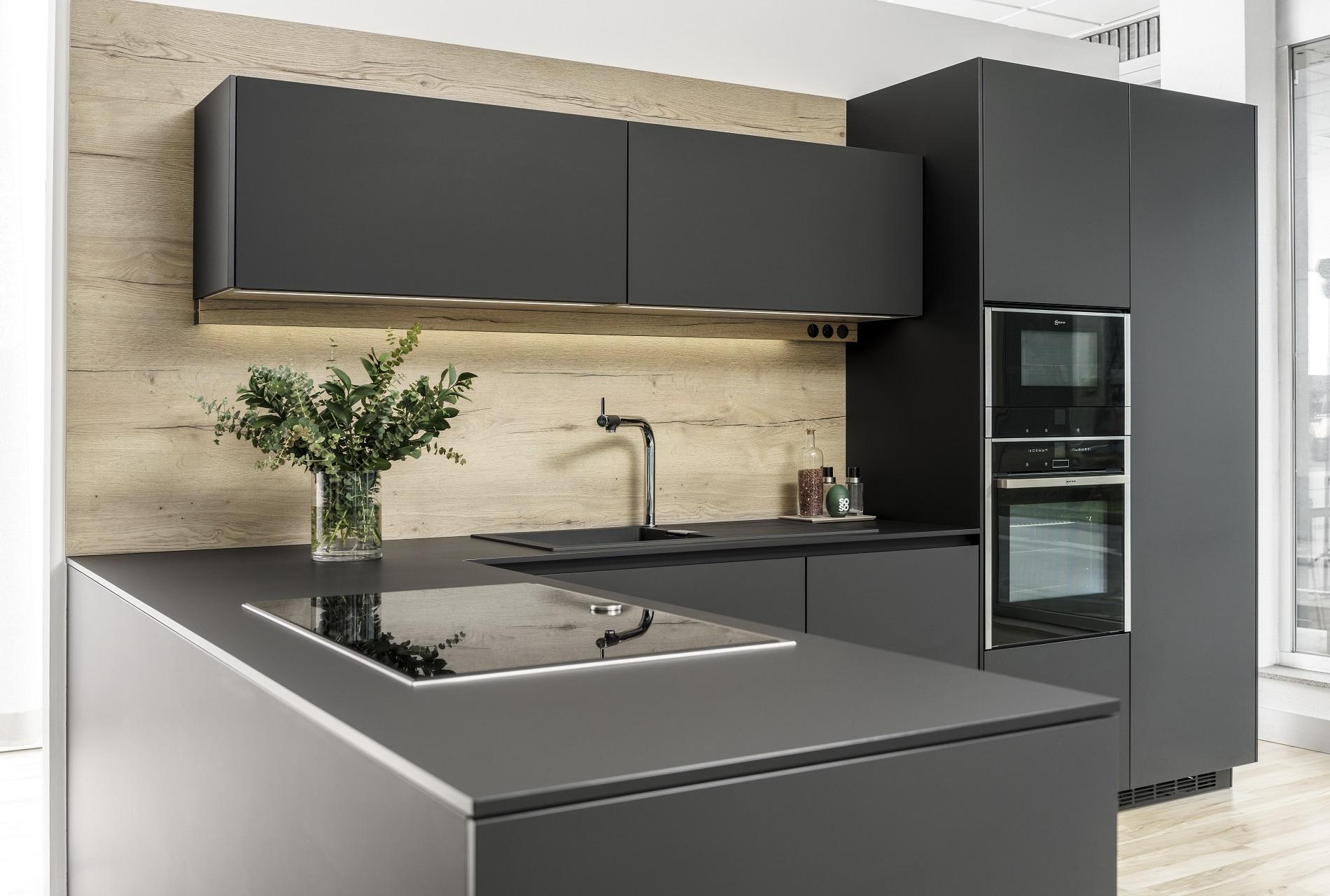 Cocinas de exposición en liquidación Line LAH Santiago Interiores