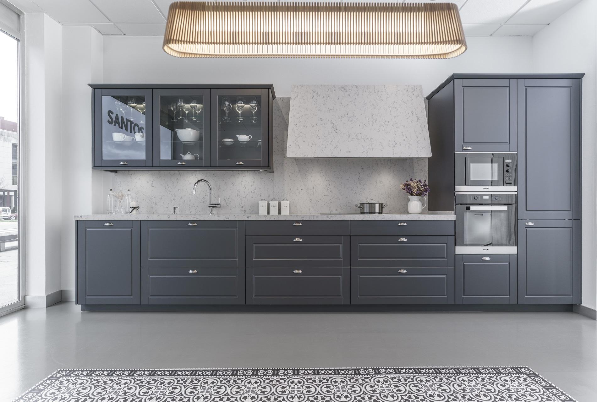 Liquidación cocinas de exposición Época Santiago Interiores