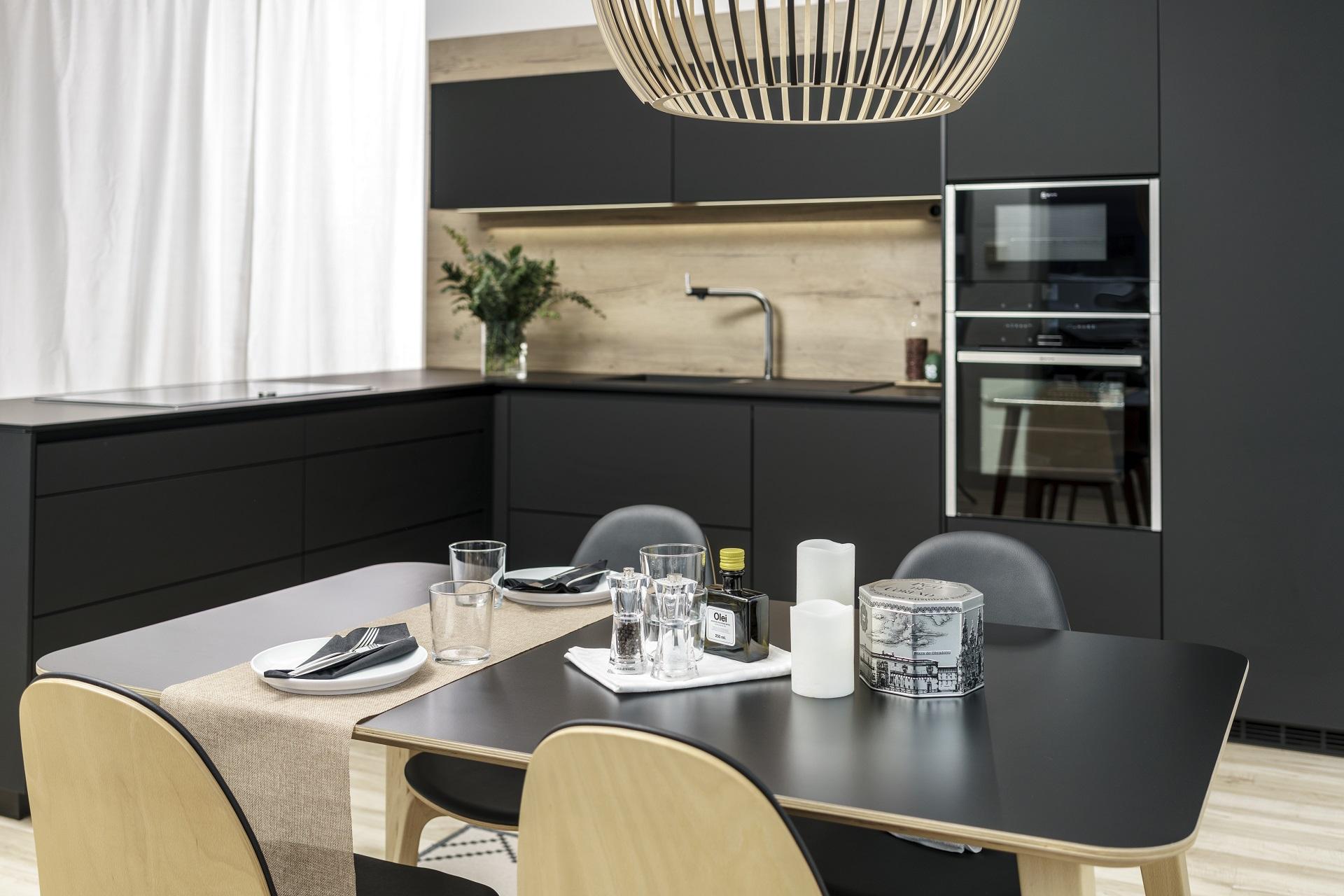 Cocina negra Santiago Interiores