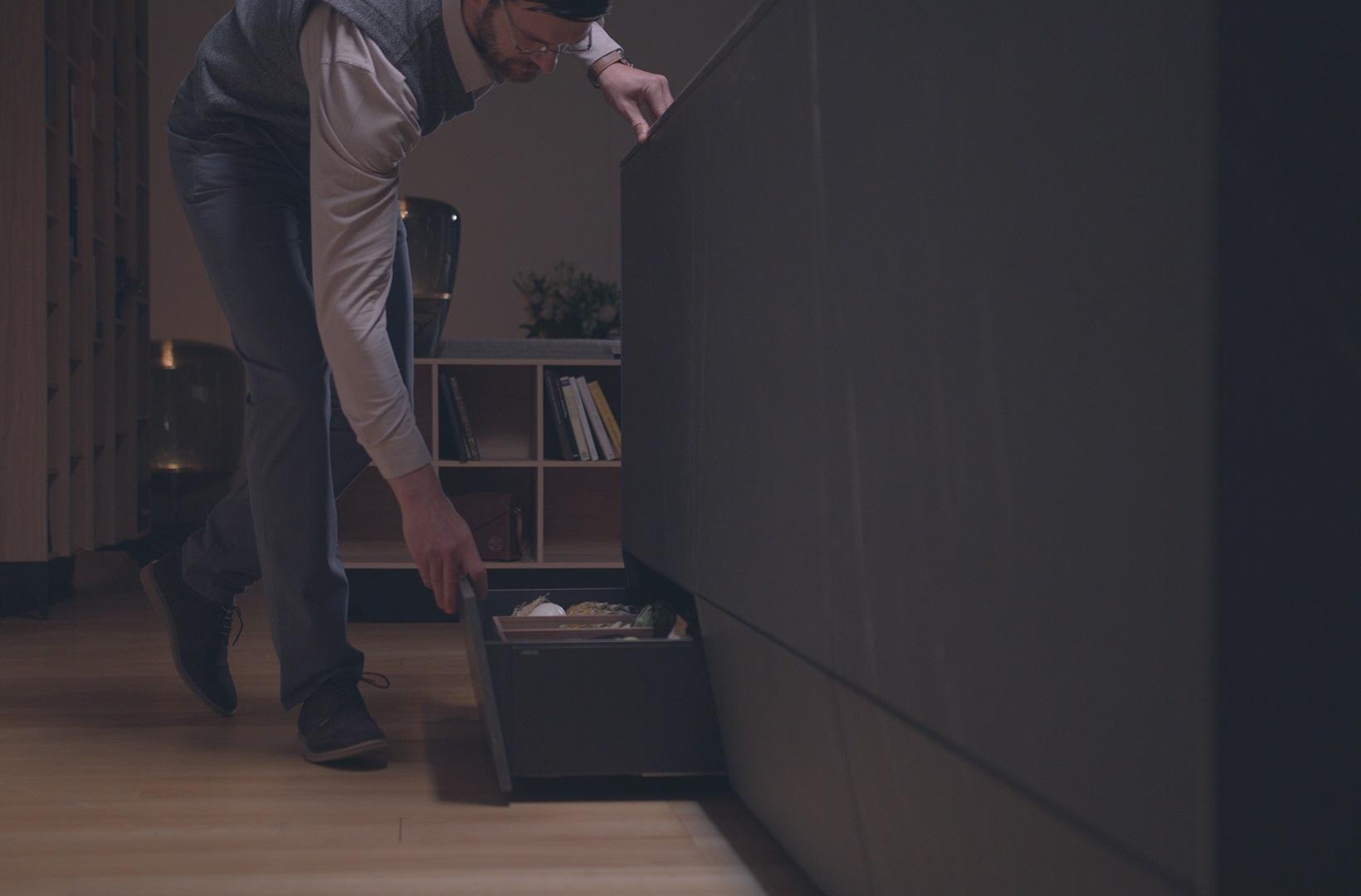 Aprovechar espacio en cocinas. Gavetas y cajones Santos