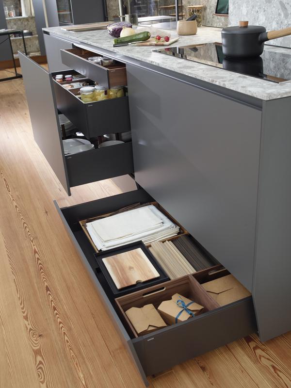 Cajón contenedor de almacenamiento en cocina linea