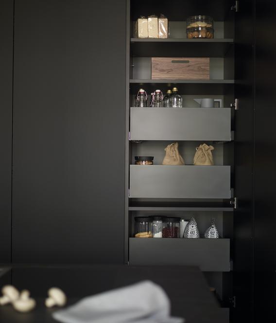 Módulos de servicio con cajones interiores Santiago Interiores