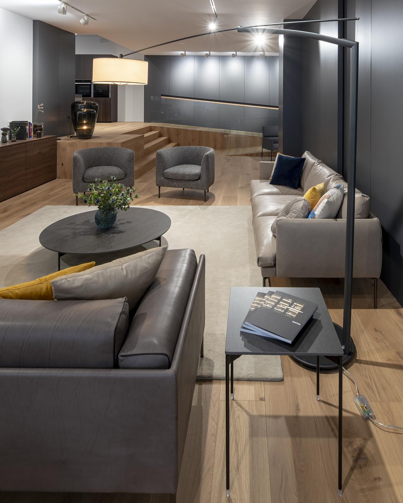 Visita nuestro Showroom en Santiago Interiores.