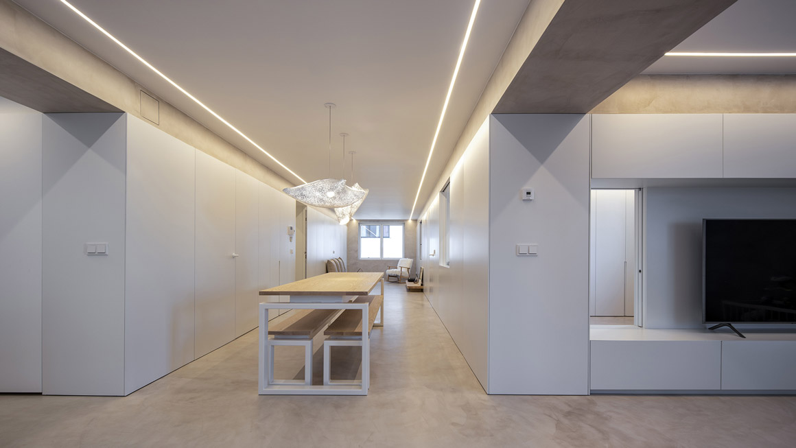 Cocina Nido_House: Un hogar con interiores conectados. Santiago Interiores