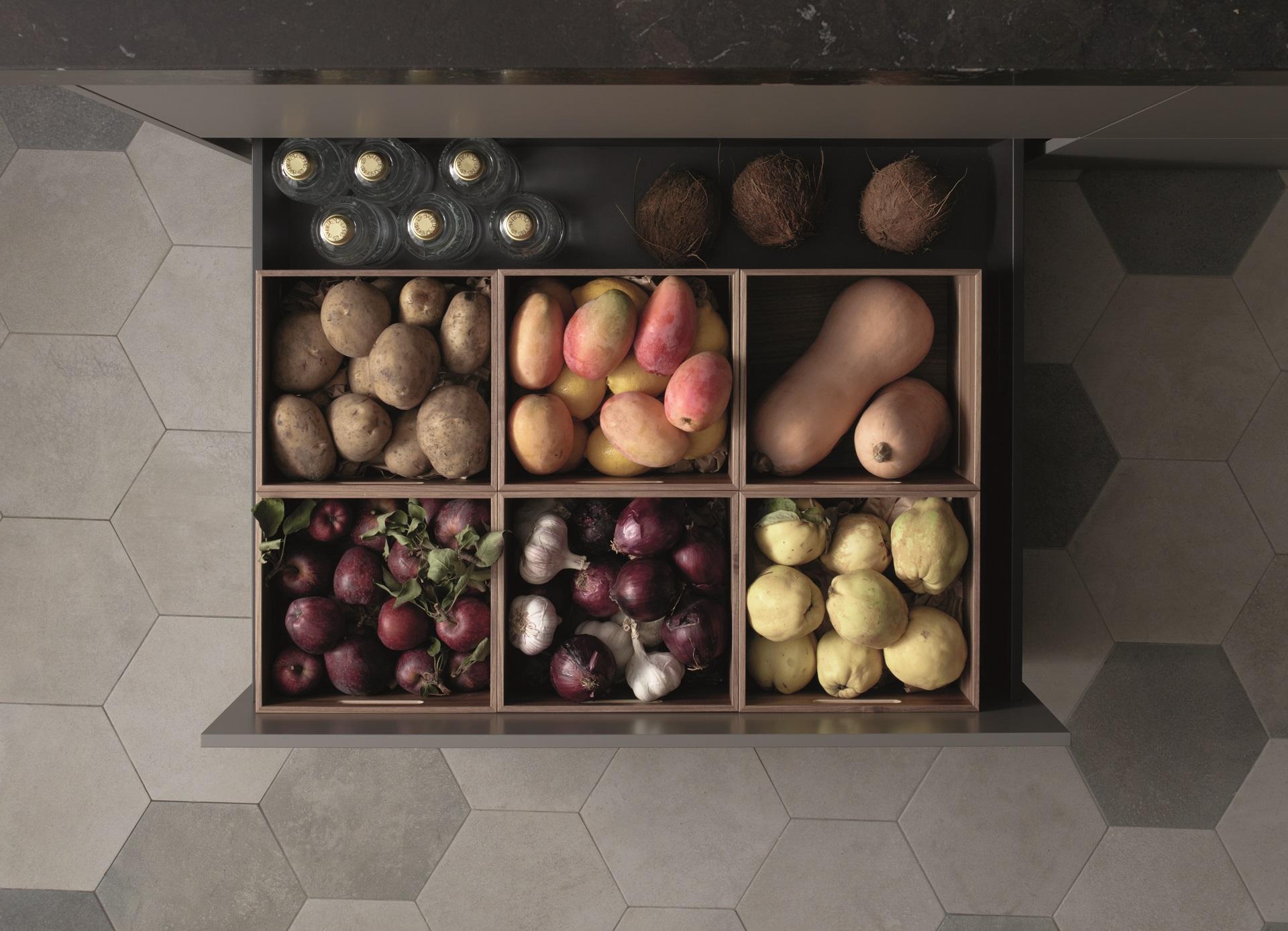 Organizar despensa en cocina pequeña Santiago Interiores